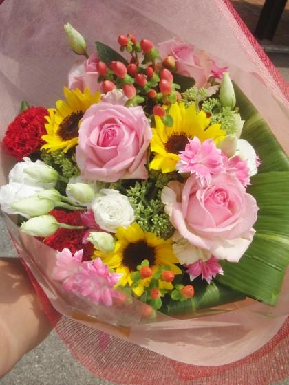 ミックス色ブーケ風花束のイメージ