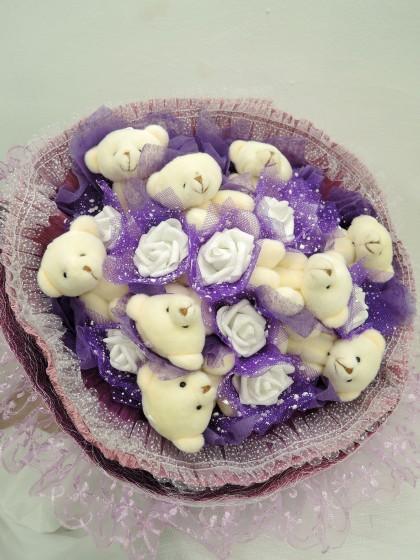くまたば(クマの花束・紫色)のイメージ