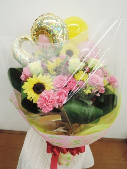 バルーン入りブーケ風花束のイメージ