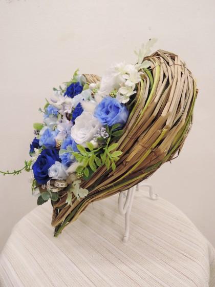 ハート型プリザーブドフラワー(青色・ブルー系)のイメージ2