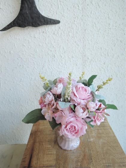 優しいピンクのアートフラワーアレンジ AT-70のイメージ